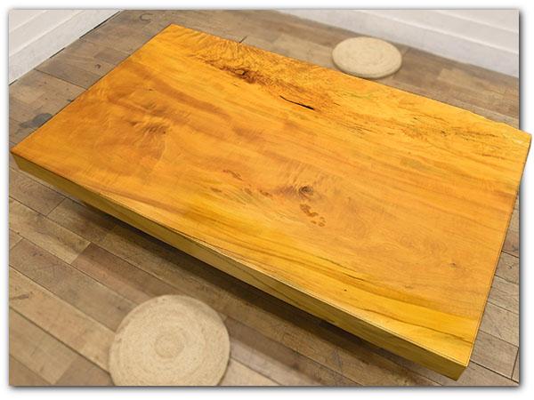 樹齢530年 極厚100mm 栃無垢材一枚板座卓