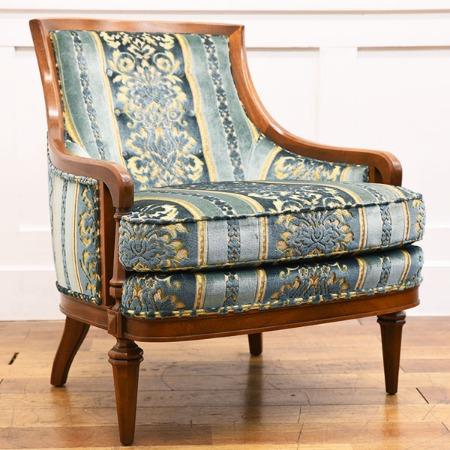 Upholstery ローバックチェア