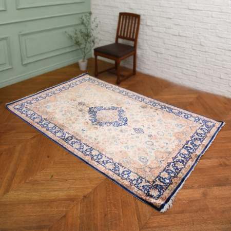 シルク 手織り ペルシャ絨毯