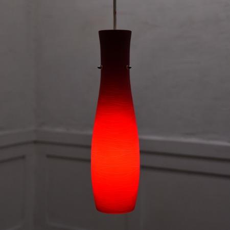 赤色ガラス ペンダントランプ