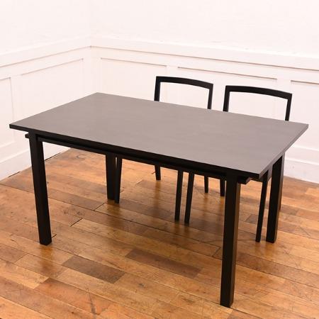 BLOOM テーブル