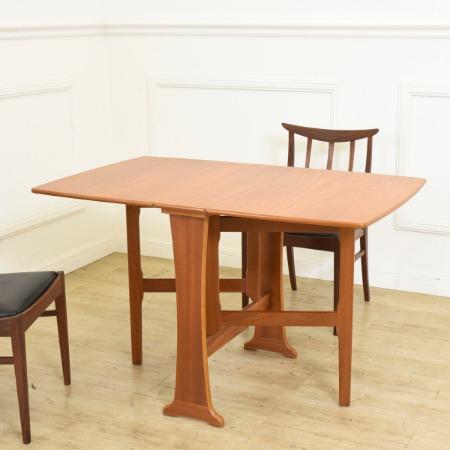 英国 ヴィンテージ チーク ドロップリーフ ゲートレッグテーブル