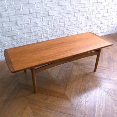G-PLAN brasilia センターテーブル (ソリッドチークロングジョンテーブル)