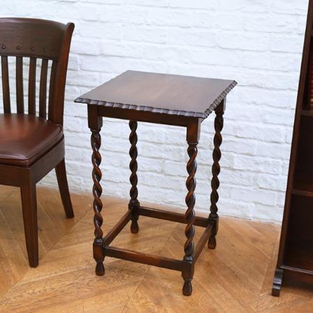 英国製 アンティーク サイドテーブル