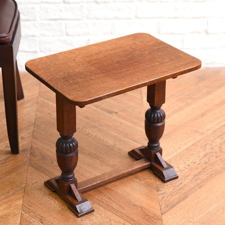 英国製 オーク材サイドテーブル