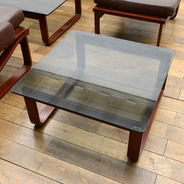 TESSA ガラステーブル