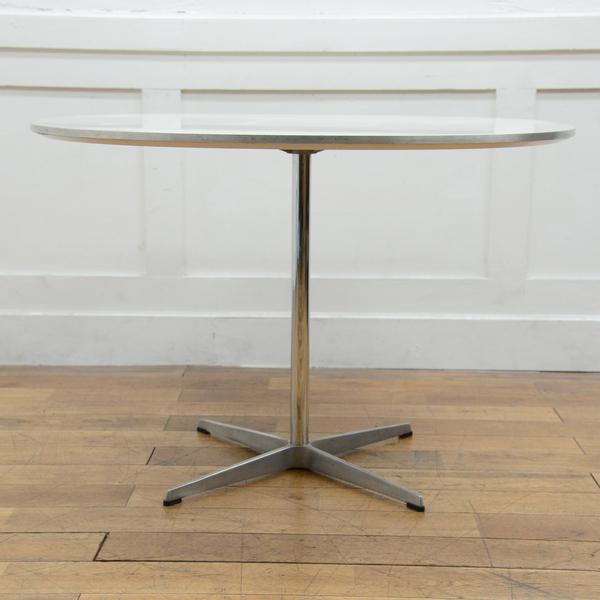 #33559 Fritz Hansen A603 Super-circular Table コンディション画像 - 3