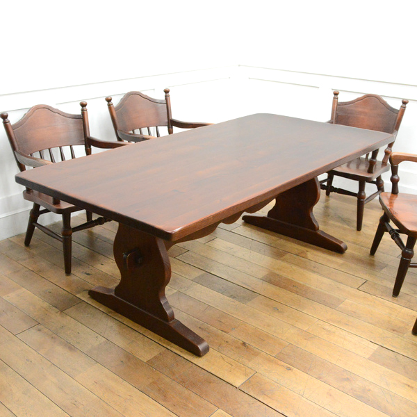 FRONTIER LDテーブル