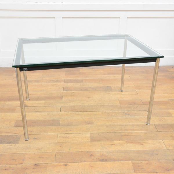 LC10-P テーブル