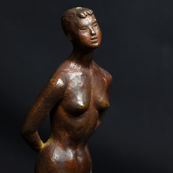 ブロンズ 裸婦像