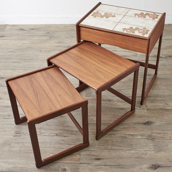 G-PLAN タイルトップ ドロワーネストテーブル