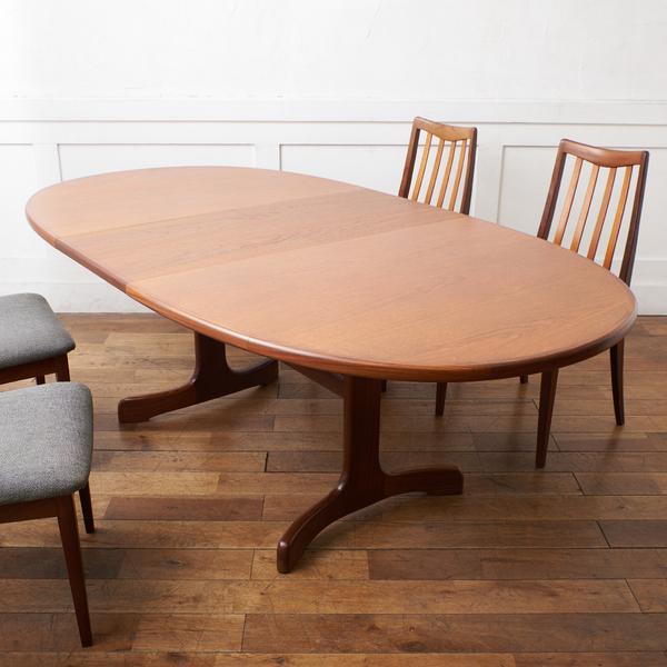 ジープラン G-PLAN (エベネゼル・グーム Ebenezer Gomme) / UK G-PLAN Fresco ホエールレッグ ダイニングテーブル 4393