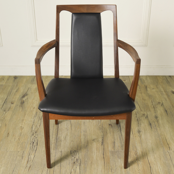 #34293 Fresco パッドバックダイニングアームチェア (Carver Chair 4567D) コンディション画像 - 4
