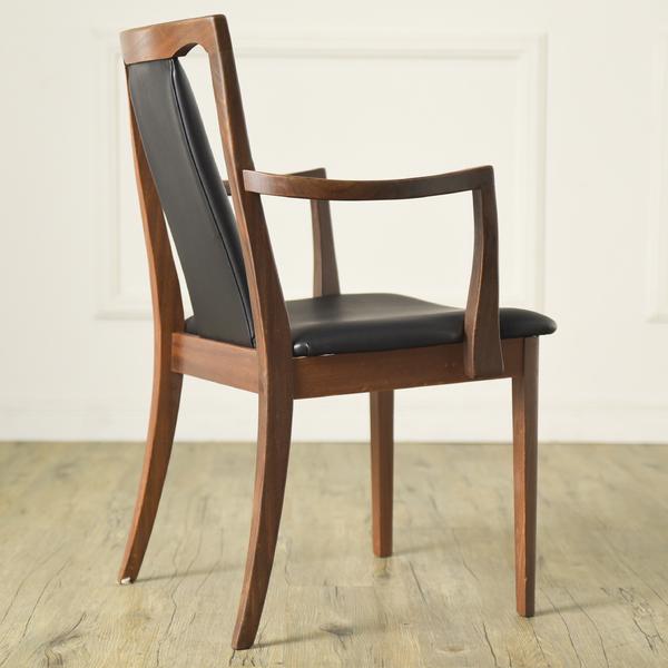 #34294 Fresco パッドバックダイニングアームチェア (Carver Chair 4567D) コンディション画像 - 3