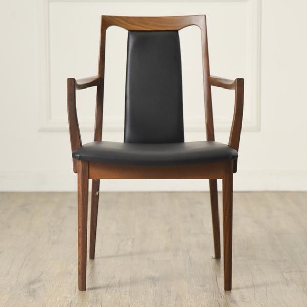 #34294 Fresco パッドバックダイニングアームチェア (Carver Chair 4567D) コンディション画像 - 4