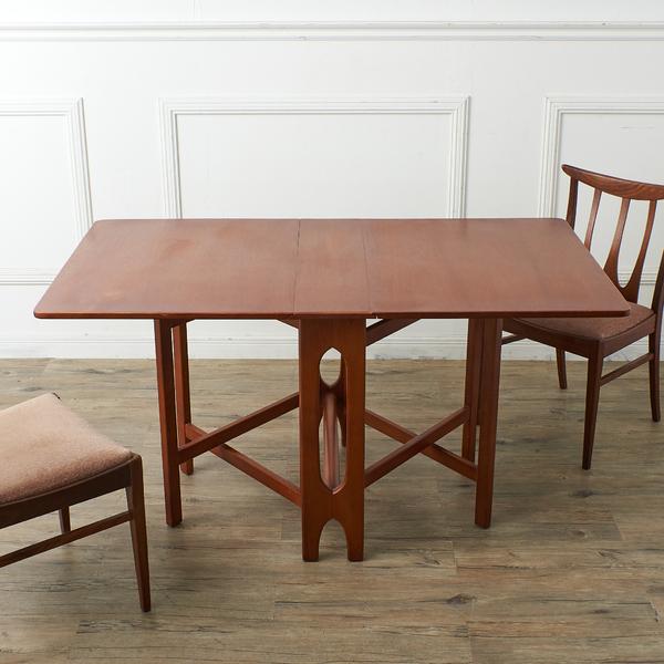 Jentique ゲートレッグ バタフライテーブル