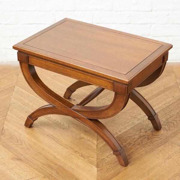 TRIUNE サイドテーブル