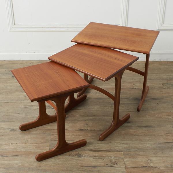 ジープラン G-PLAN / UK G-PLAN  ネストテーブル