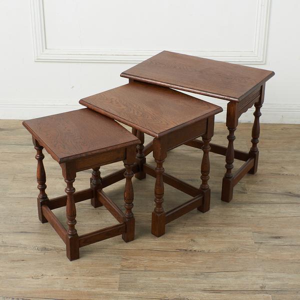 英国製 ネストテーブル