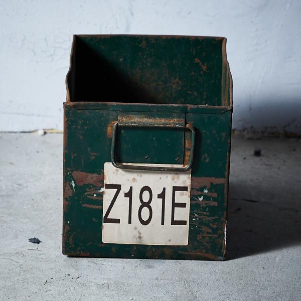 イギリスヴィンテージ メタルボックス