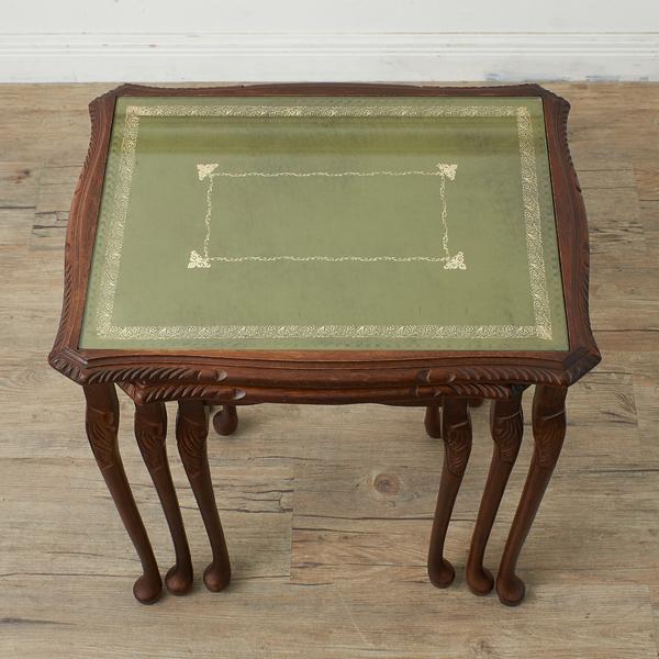 #37903 英国クラシック ガラストップ ネストテーブル コンディション画像 - 4