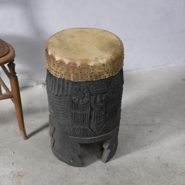 木彫り 民族打楽器