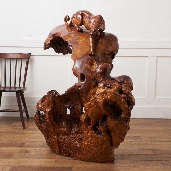 変木 栃玉杢 豹型木彫装飾