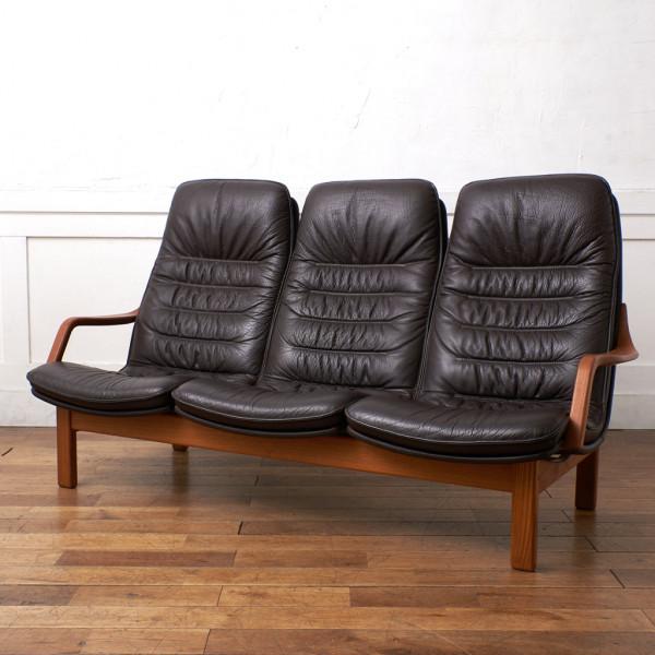 BERG Furniture ベルグファニチャー E90 Classic 本革張り ハイバック トリプルソファ