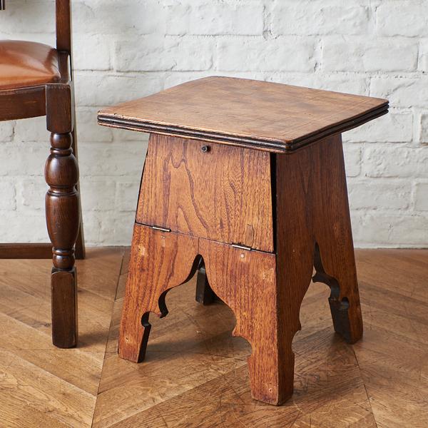 英国アンティーク ゲームテーブル