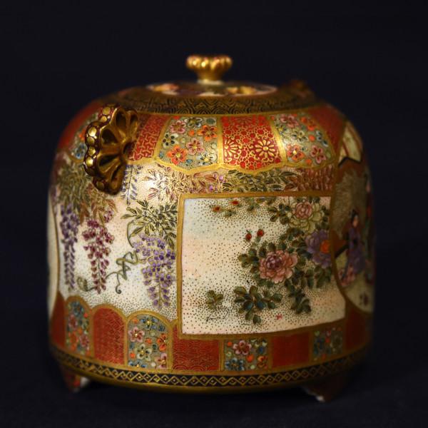 京薩摩 松本宝山作 窓絵盛上細工 細密絵付香炉 純銀ボヤ付き