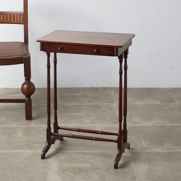 英国アンティーク ウォールナット材 サイドテーブル