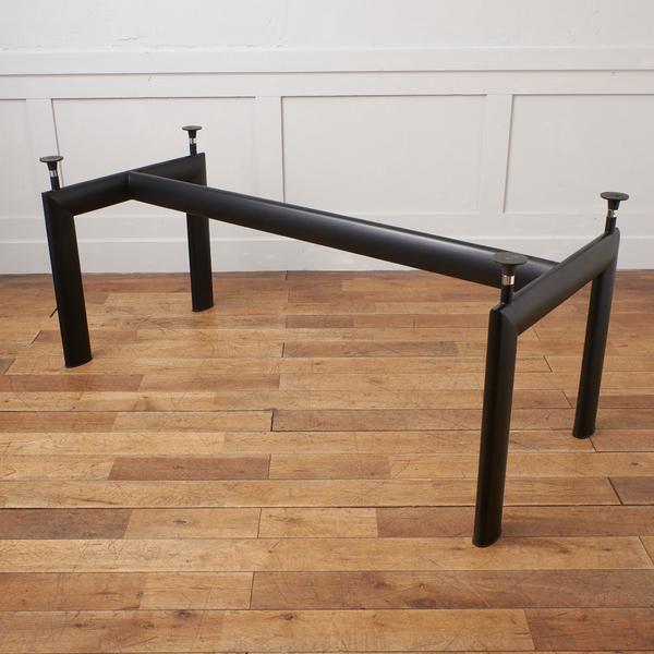 LC6 テーブル / 脚のみ