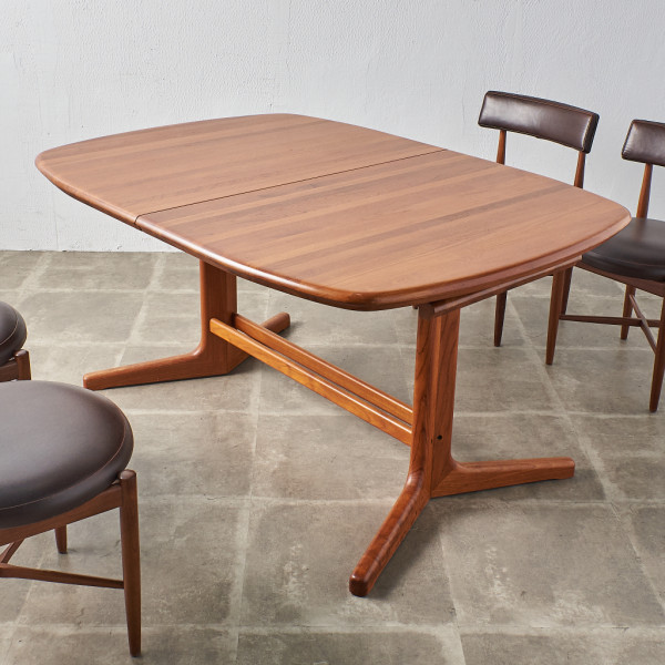 デンマーク製 チーク無垢材 エクステンションダイニングテーブル