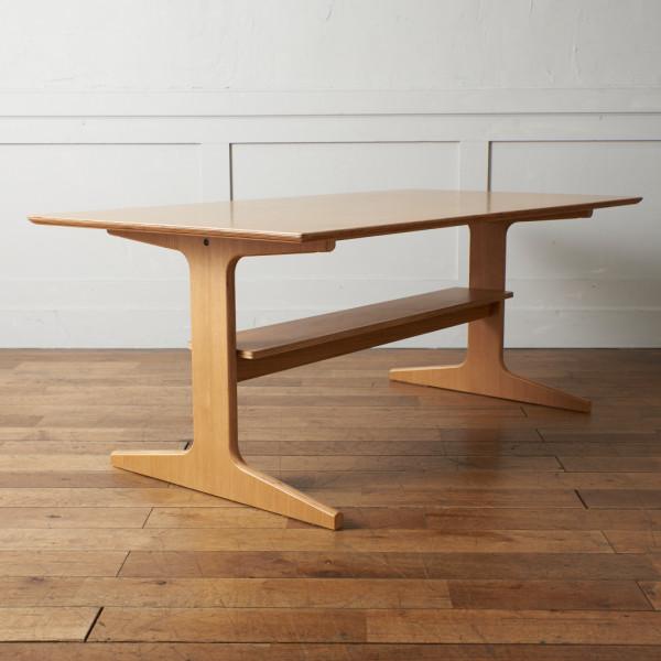 無印良品 MUJI リビングでもダイニングでもつかえるテーブル