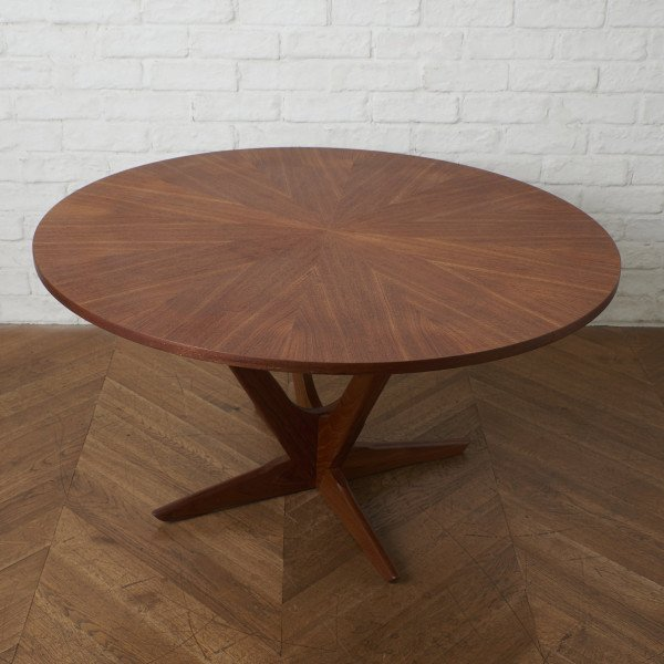 Tonder Mobelvaerk Kubus ラウンドコーヒーテーブル