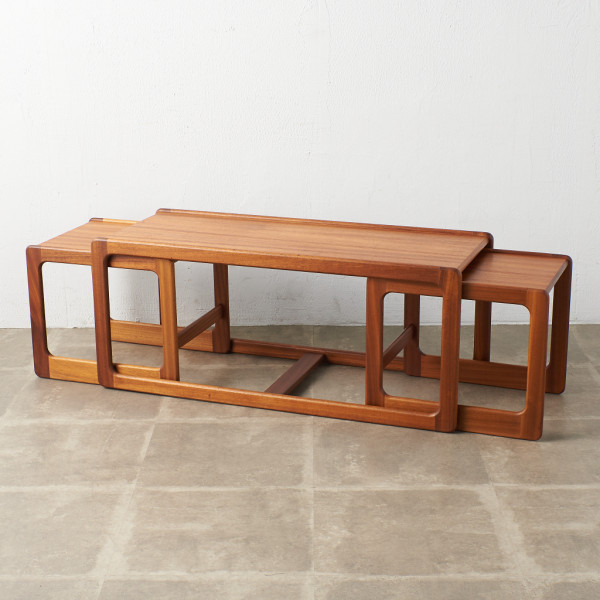 英国ヴィンテージ ロングネストテーブル