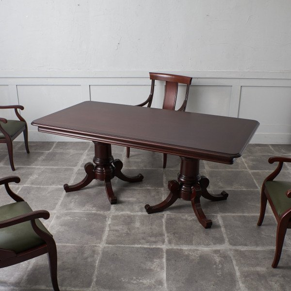 アルカザール ALCAZAR クラシック ダイニングテーブル