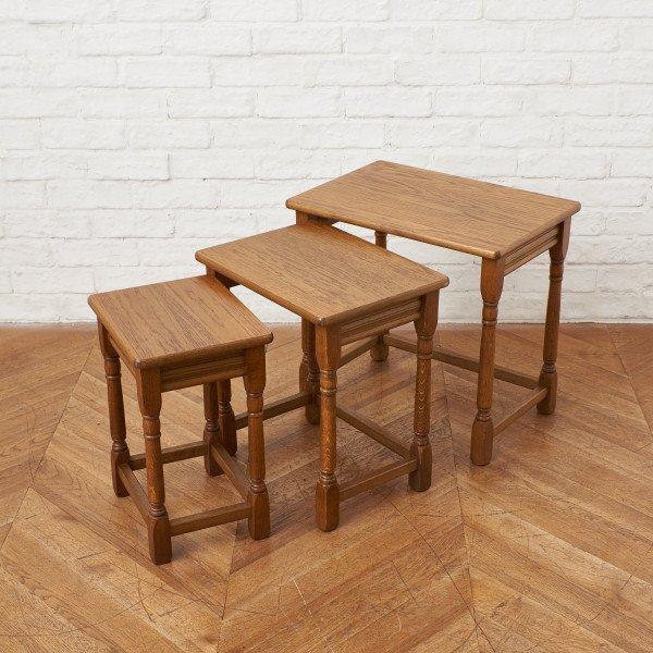 英国製 オーク材 ネストテーブル