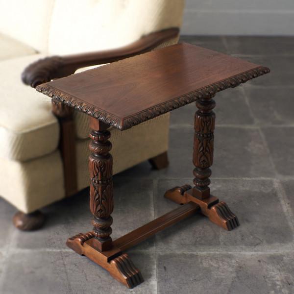 神戸洋家具 木彫刻 サイドテーブル