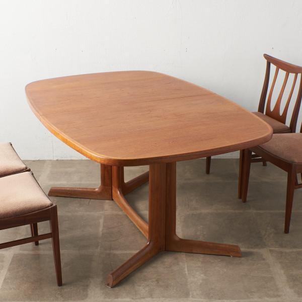 グドメ / gudme デンマーク製 ヴィンテージ ダイニングテーブル