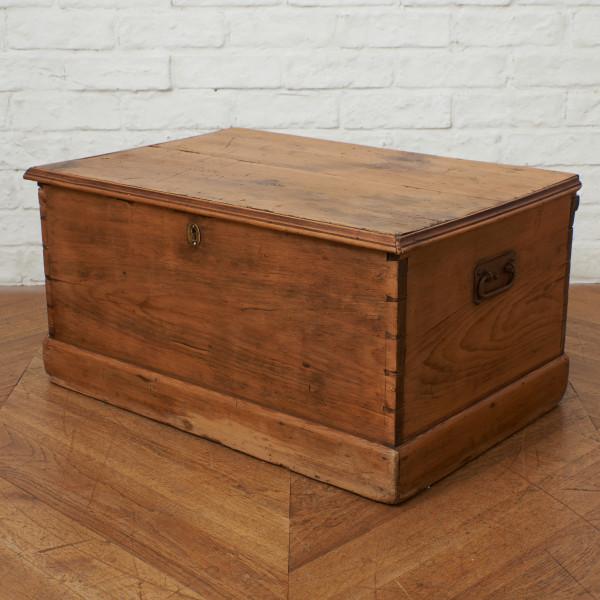 英国アンティーク オールドパイン ブランケットボックス