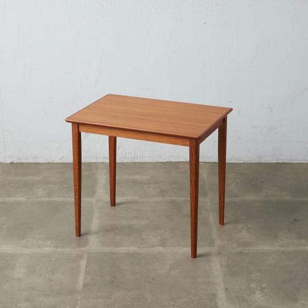 スウェーデン製 ヴィンテージ サイドテーブル