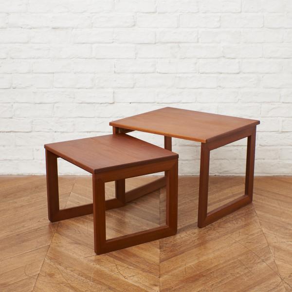 イギリスヴィンテージ ネストテーブル