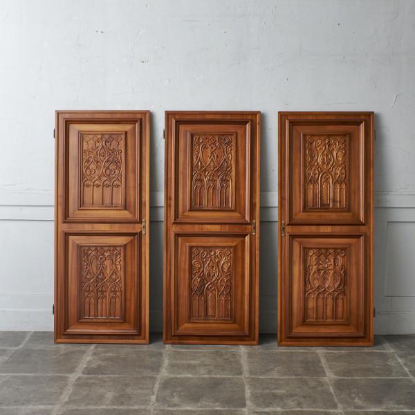 西欧クラシック 木彫刻クローゼットドア 3点セット